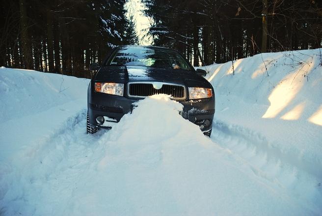 Skoda Fabia w śniegu